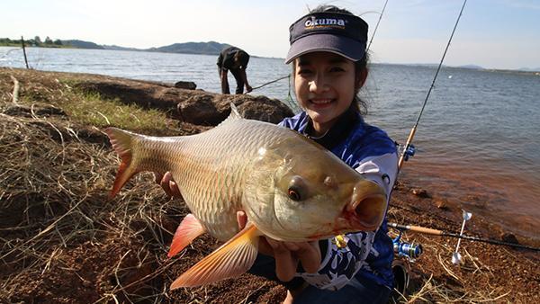 Cần câu cá Thái Lan