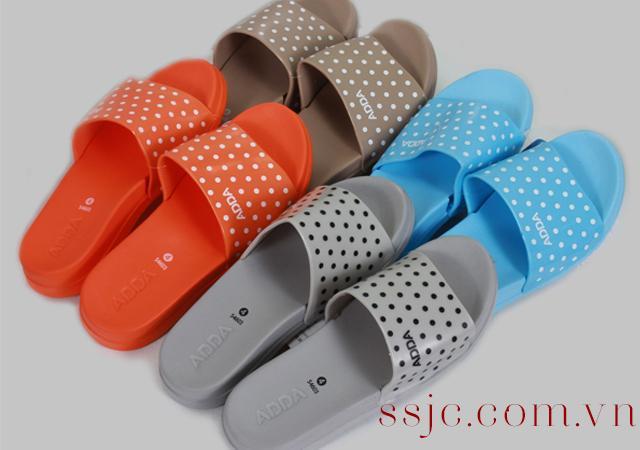 Quý Nam mua hộ giày dép Thái Lan