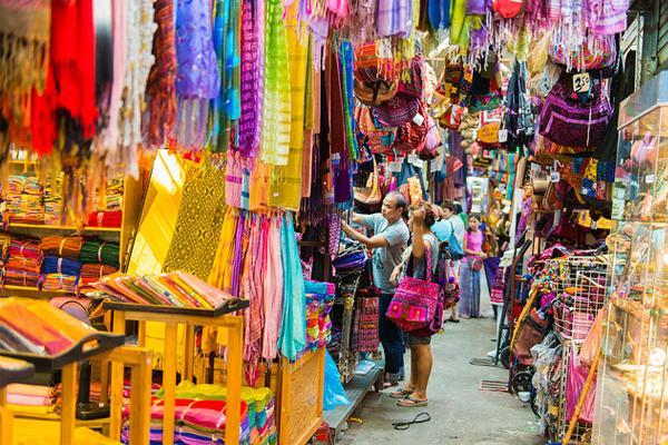 Quần áo đồ lót nữ Thái Lan đa dạng màu sắc và mẫu mã